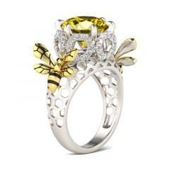 Jeulia Two Tone Bee Honeycomb Round Cut Sterling Silver Ring