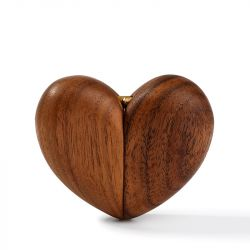 Jeulia Vintage Wooden Heart Shape Magnet Ring Box
