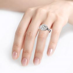 Jeulia Halo Round Cut Heart Design Sterling Silver Skull Ring